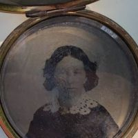 Locket With Two Portraits 11.jpg
