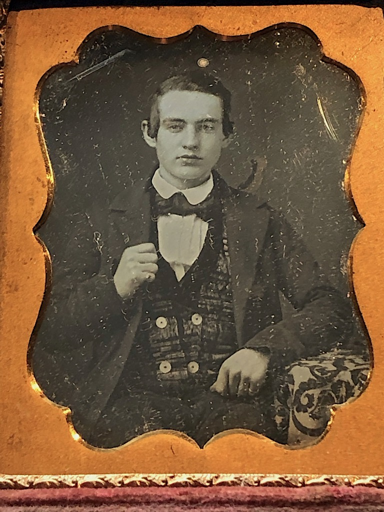 Daguerreotype of Young Dandy Posed with Style Ninth Plte Size Case Image 2.jpg