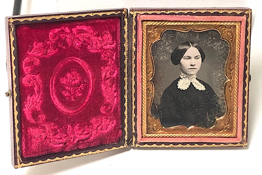 Ninth Plate Daguerreotype Hand Tinted Woman with Large White Lace Collar 1.jpg