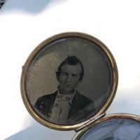 Locket With Two Portraits 7.jpg
